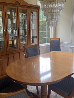 Hickory White Dining Room Set for Sale in Issaquah,  WA