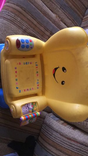 Kids play chair for Sale in Baldwin Park, CA