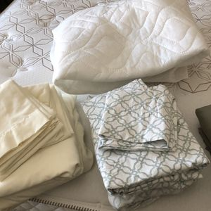 3 Sets Full sized Sheets And Mattress Pad for Sale in San Diego, CA