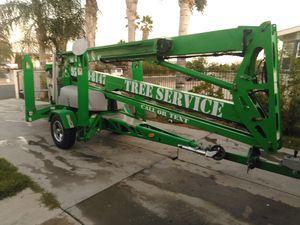 Vendo este towable lift. 55'altura for Sale in Perris, CA