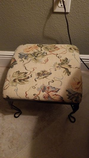 Antique foot stool with metal legs for Sale in Spring Hill, FL