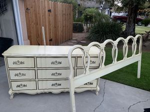Vintage dresser with mirror and headboard for Sale in Clovis, CA