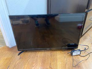 32 inch smart TV for Sale in Dallas, TX