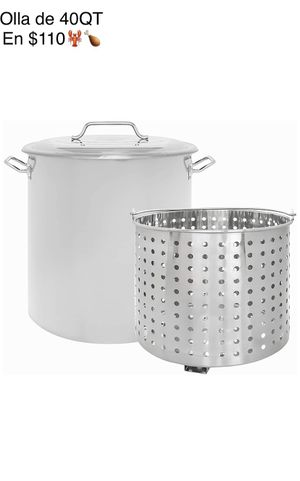 New 40QT Stainless Steel Stock Pot with Steamer Basket/Olla de 40 quartos nueva con colador de metal for Sale in Chino, CA