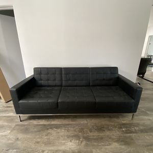 Almost New Office Furniture-chairs, Desks, Couch for Sale in Los Angeles, CA