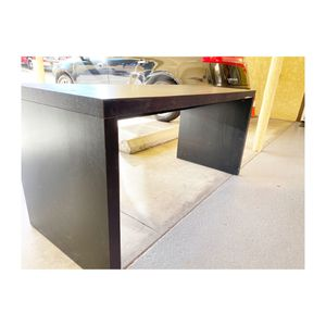 Basic black Desk for Sale in Los Angeles, CA
