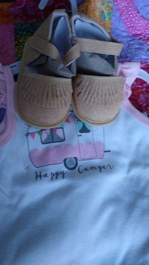 Hudson Bay happy camper 3 piece set 18 months for Sale in Puyallup, WA