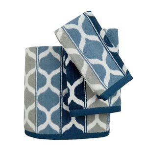 New 3 pieces set ✨ blue & grey bathroom towel set - 1-large 1-hand 1- wash bath for Sale in Henderson, NV