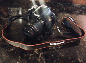 Canon T5i for Sale in Escondido, CA