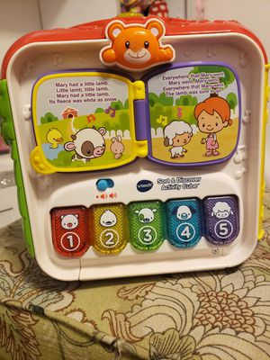 Kid's Toys - V-tech Sort & Discovery Activity Cube for Sale in Phoenix, AZ
