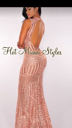 Beautiful prom dress for Sale in Kissimmee, FL