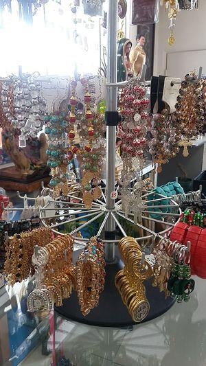 Brazaletes for Sale in Moreno Valley, CA