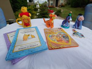POOH, TIGGER & EEYORE COLLECTIBLE SET for Sale in Plant City, FL