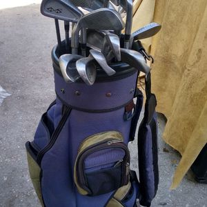 Golf Clubs Worth Over 300 Asking Only 140 for Sale in Belle Isle, FL
