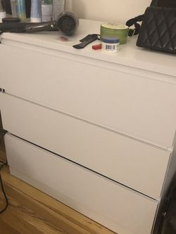 Ikea Malm Three-Drawer Dresser for Sale in Queens,  NY