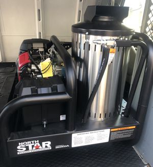 Hot water pressure washer for Sale in Brooklyn, NY