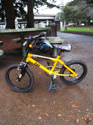 Caterpillar kids bicycle 16 inch ,good shape for Sale in Hayward, CA