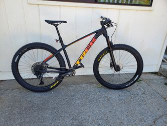 Trek Roscoe 8 for Sale in Wenatchee,  WA