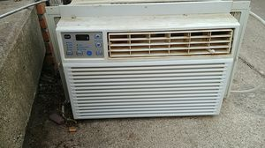 GE Air Conditioner for Sale in Columbus, OH