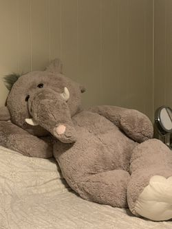 Giant Stuffed Elephant for Sale in Narragansett,  RI
