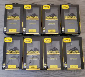 iPhone 11 Otterbox Defender series Case/$15 each ( min.order 2) for Sale in Canyon Country, CA