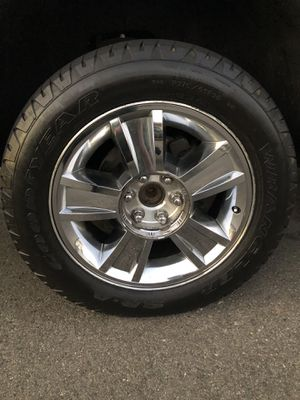 """20"""" INCH OEM CHEVY WHEELS for Sale in Buena Park, CA"""
