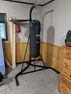 Kick boxing bag with stand and speed bag for Sale in Black Diamond, WA