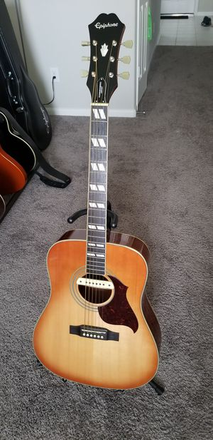 Epiphone Aclustic with LRBaggs Pickup *MINT* for Sale in Richmond, TX