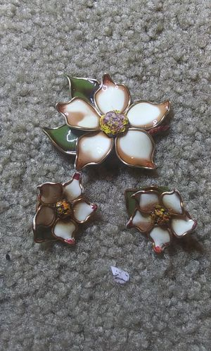 Vintage glass dogwood tree flower brooch earring set for Sale in Tullahoma, TN