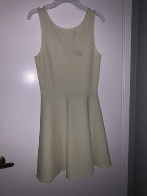 Pale yellow dress for Sale in Milpitas, CA