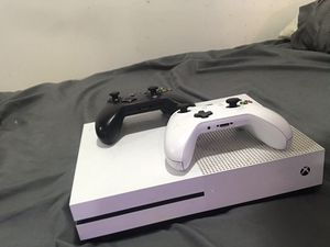 Xbox one s with 2 controllers for Sale in Philadelphia, PA
