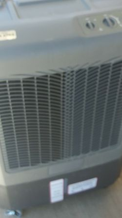 Portable Evaporative Cooler 3100 Cubic Ft $250 for Sale in Los Angeles,  CA