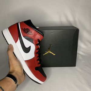 AIR JORDAN 1 MID for Sale in Anacortes, WA
