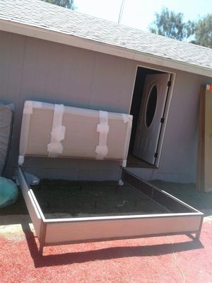 bed king with mattress450 for Sale in Beaumont, CA