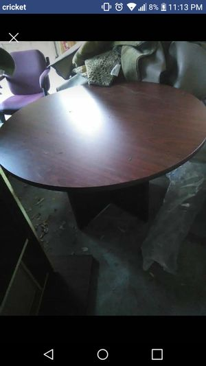 Small office table 3 chairs for Sale in East Wenatchee, WA