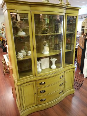 China Cabinet Hutch 3 Drawer 2 Double Door Olive Garden for Sale in High Ridge, MO