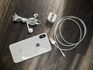 IPhone X 64gb unlocked all carrier for Sale in Midland, TX
