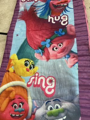 Trolls sleeping bag for Sale in Orlando, FL
