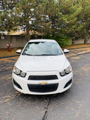 2014 Chevy sonic LT for Sale in Sterling Heights, MI