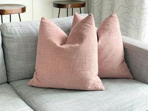 (2) Blush throw pillows for Sale in Auburn, WA