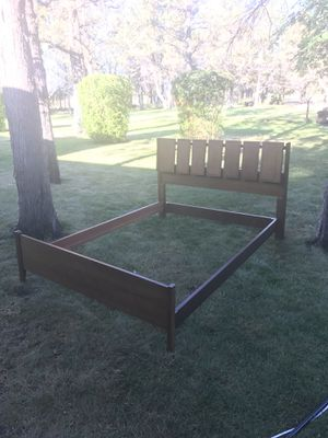 Mid century modern full bed frame for Sale in Bend, OR