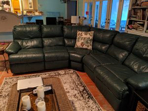 Leather couch for Sale in Boca Raton, FL