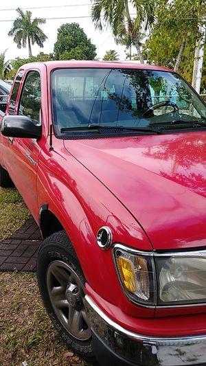 Toyota tacoma sr5 2003 133 k a/c. Automatic for Sale in Miami, FL