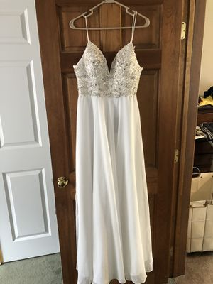 White prom/casual wedding dress for Sale in Woonsocket, RI