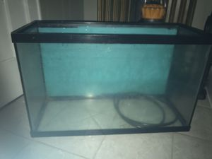 29 gallon fish tank for Sale in Middletown, CT