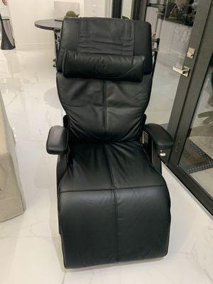 PC 420 Perfect Chair for Sale in Miami, FL