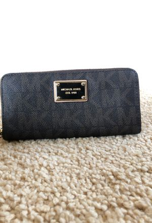 Michael Kors Wallet for Sale in Temecula, CA
