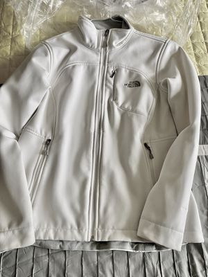 North face white jacket for Sale in Palm Beach Gardens, FL