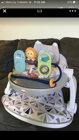 Fisher price sit me up floor seat for Sale in Bristol, PA