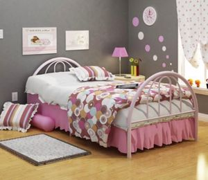 Metal Twin Bed Frame for Sale in Irvine, CA